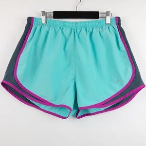 Nike Tempo Shorts • WOMEN'S XL